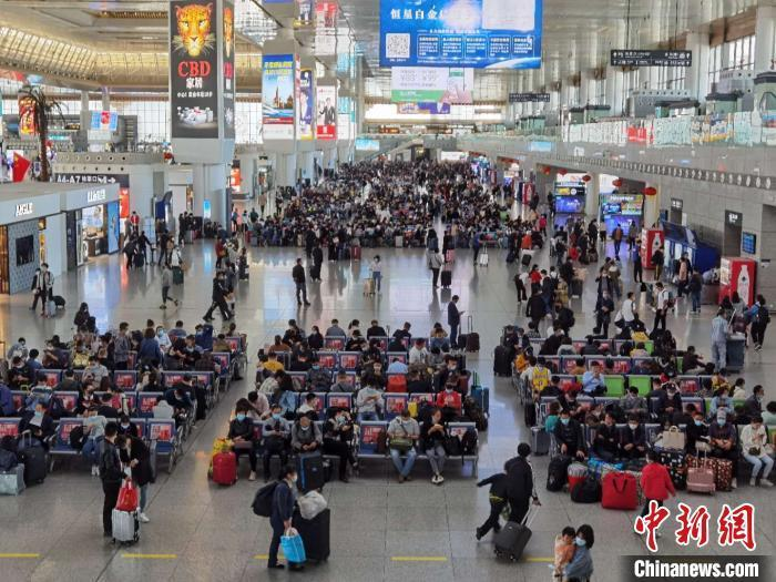 中秋小长假铁路预计发送旅客4000万人次