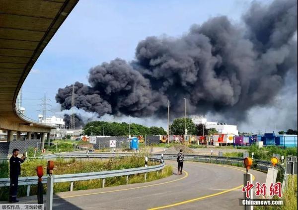 资料图:化工园区爆炸现场