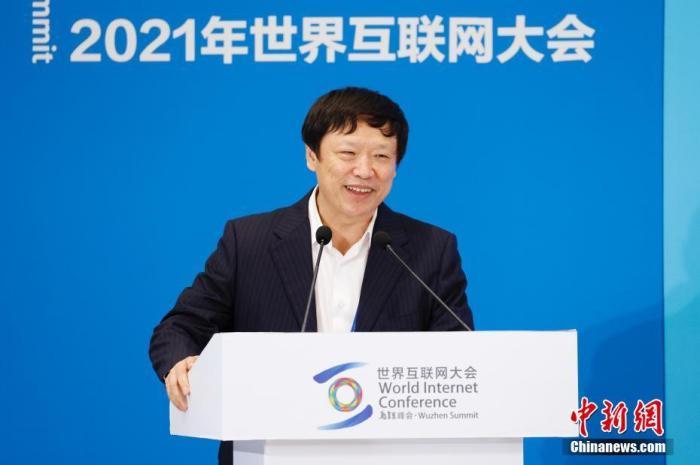 图为环球时报社总编辑胡锡进在论坛演讲。中新社记者 韩海丹 摄