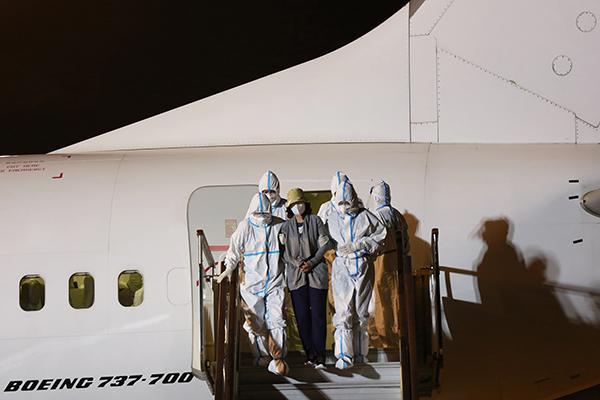 外逃职务犯罪嫌疑人姜冬梅被遣返回国