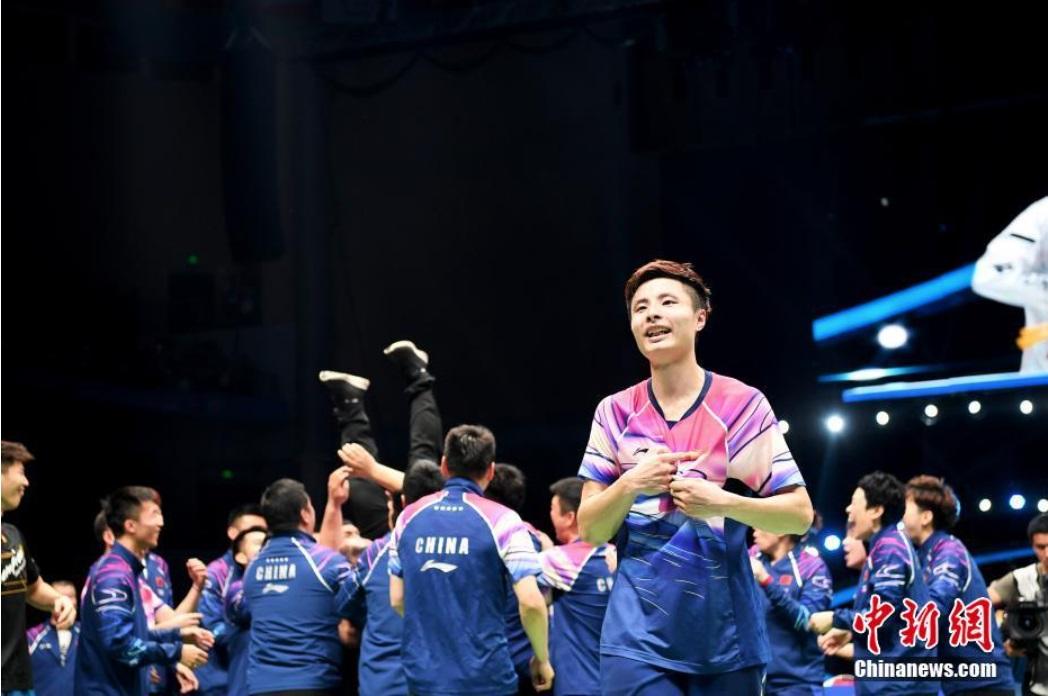 资料图:中国队选手石宇奇庆祝获胜。中新社记者 俞靖 摄