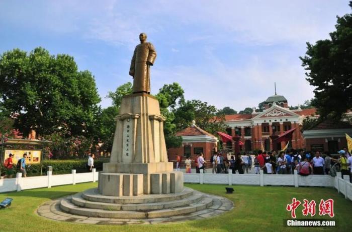 资料图:孙中山雕像。陈一年 摄 图片来源:CTPphoto