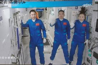 Netizens' worries answered over female astronauts' health
