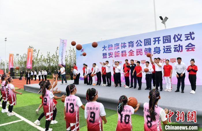大健康体育公园是一座集绿色生态、休闲游憩、全民健身于一体的大型开放式体育主题生态公园。 韩冰 摄