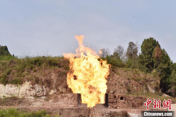 西南油气田致密气全年产量将达3.4亿方 为今冬保供助力
