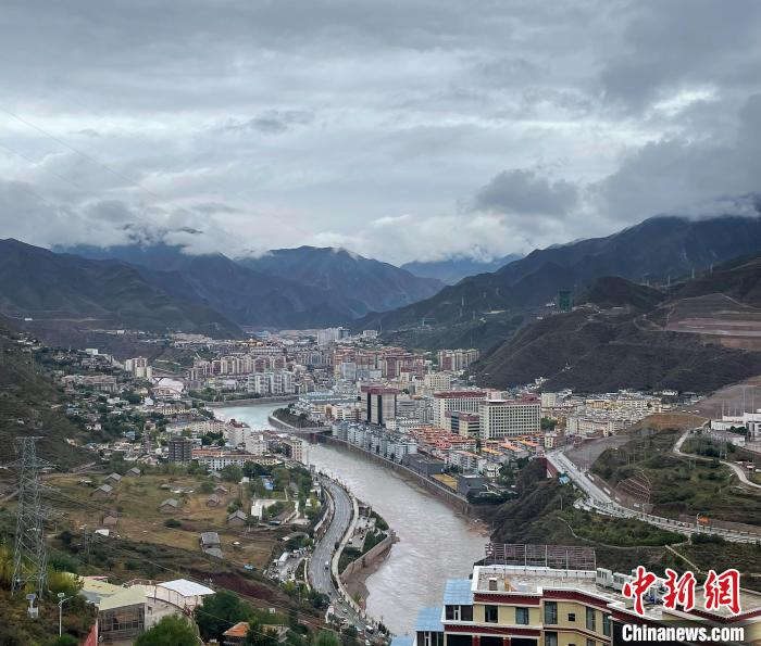 """西藏昌都:民众吃上""""生态饭"""" 切实享受生态红利"""